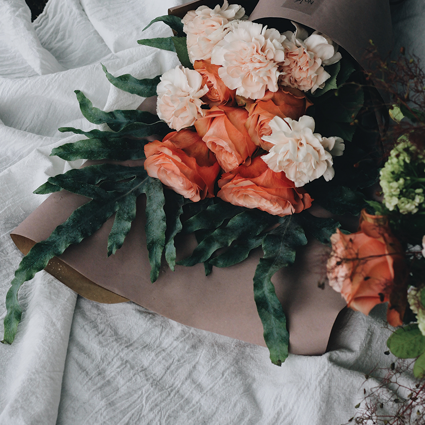 Ship the Designer's Choice Flower Subscription to Alma, Québec