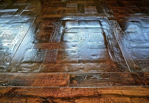 Antique Parquet de Chantilly