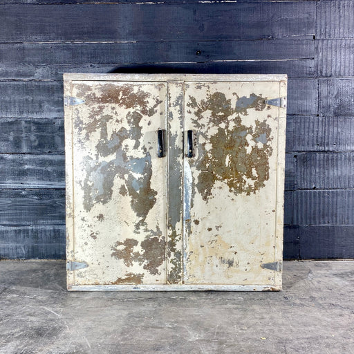 Industrial White Painted Steel Factory Cabinet