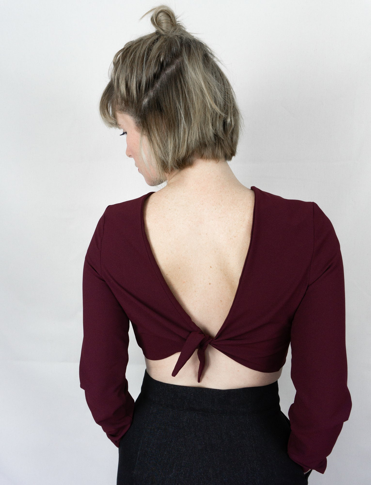 Open back crop top ~ Porto Crepe - auslästudio