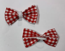 Load image into Gallery viewer, Little Picnic Bow - stellas-styles-studio