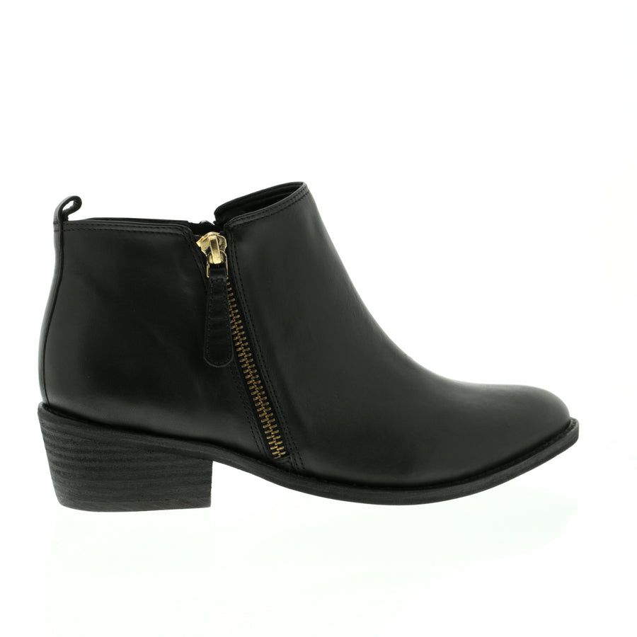 Velas Ankle Boot Black