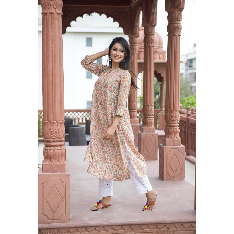 Small Floral Butti Side Pleated Kurta
