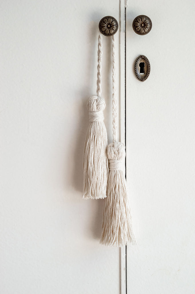 How to make Decorative Tassel Step by Step Tutorial - Home decor hang it on doorknob