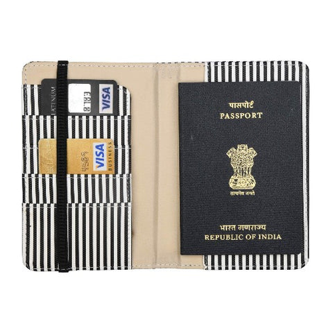 1960 Passport Cover - Tisora Designs