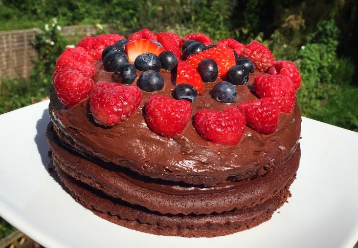 4 Ingredient Chocolate Keto Cake!