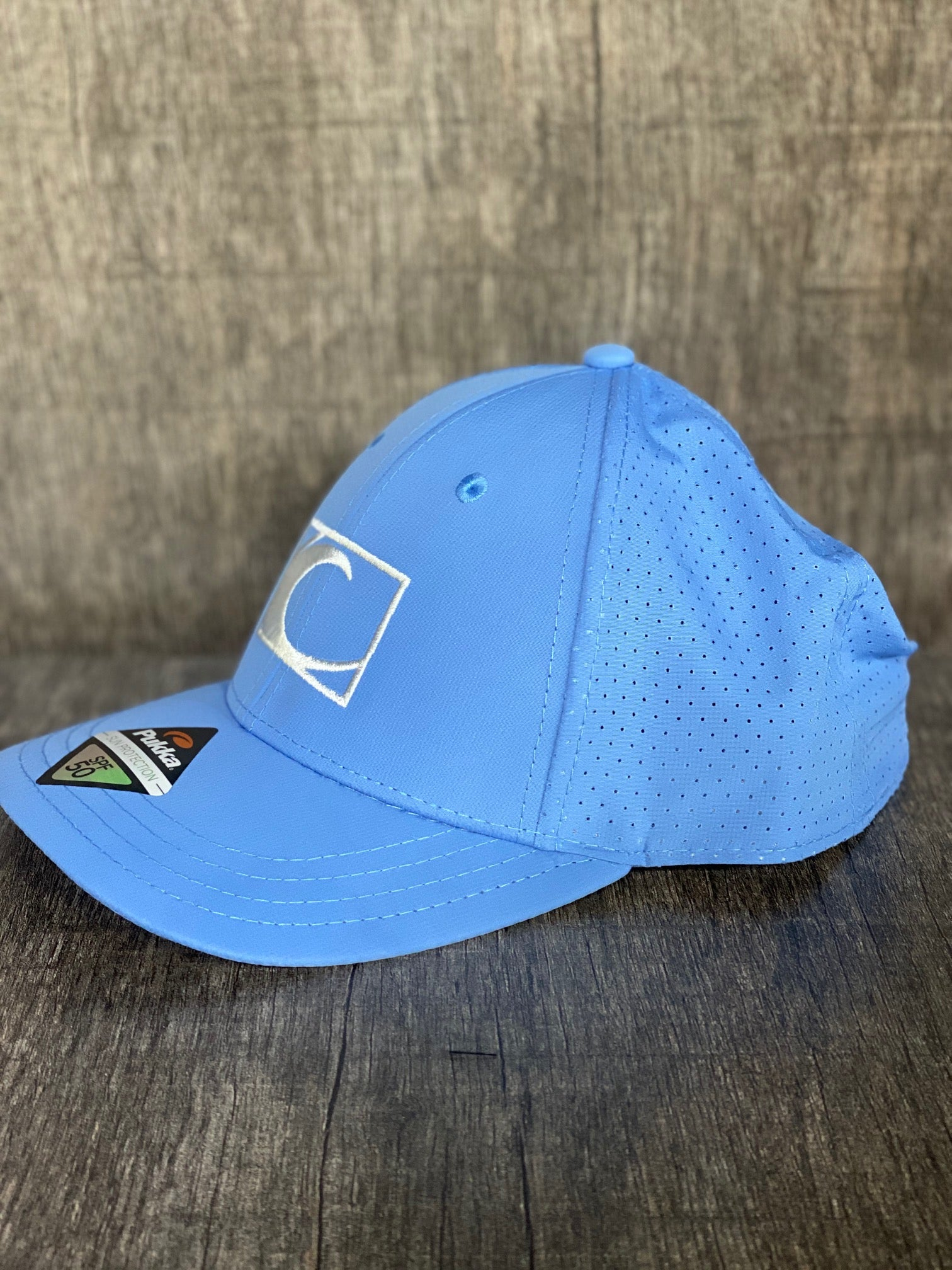 Coastal Performance Hat in Light Blue