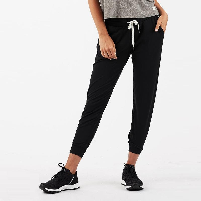 Performance Jogger in Black