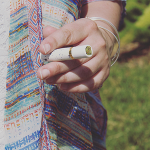 WanderingBud Chillum-Black & Gold