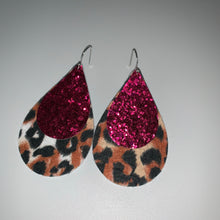Load image into Gallery viewer, Leopard/ Cheetah Print w/ Glitter Earrings