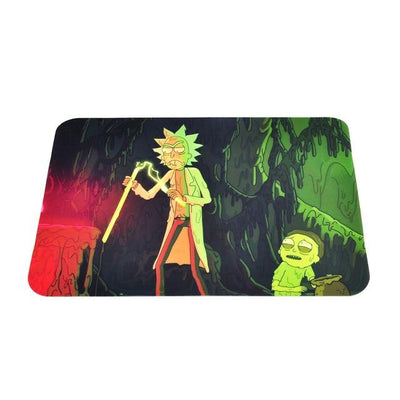 🐼 🐶 Rick and Morty Nonstick Foldable Silicone Wax Non Stick Oil Mat - Dope Smokes China / Rick and Morty Cavern (red and Green, China,