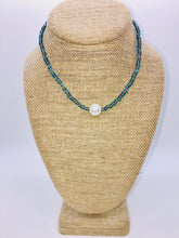 Load image into Gallery viewer, Beaded Stretch Large Single Pearl Necklace