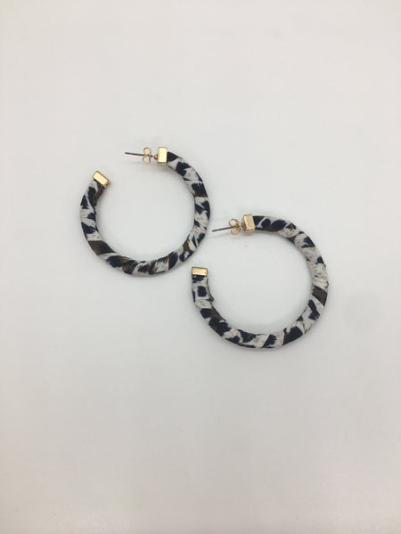 Earrings leopard animal hoop