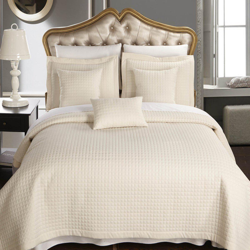 Luxury Checkered Quilted Wrinkle-Free 2-3 Piece Quilted Coverlet Set-Royal Tradition-Full/Queen-Ivory-Egyptian Linens