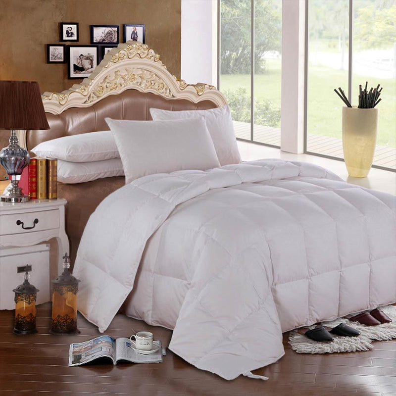 600 Fill Power Lightweight Goose Down Comforter-Royal Hotel Bedding-Solid-Full/Queen-Egyptian Linens