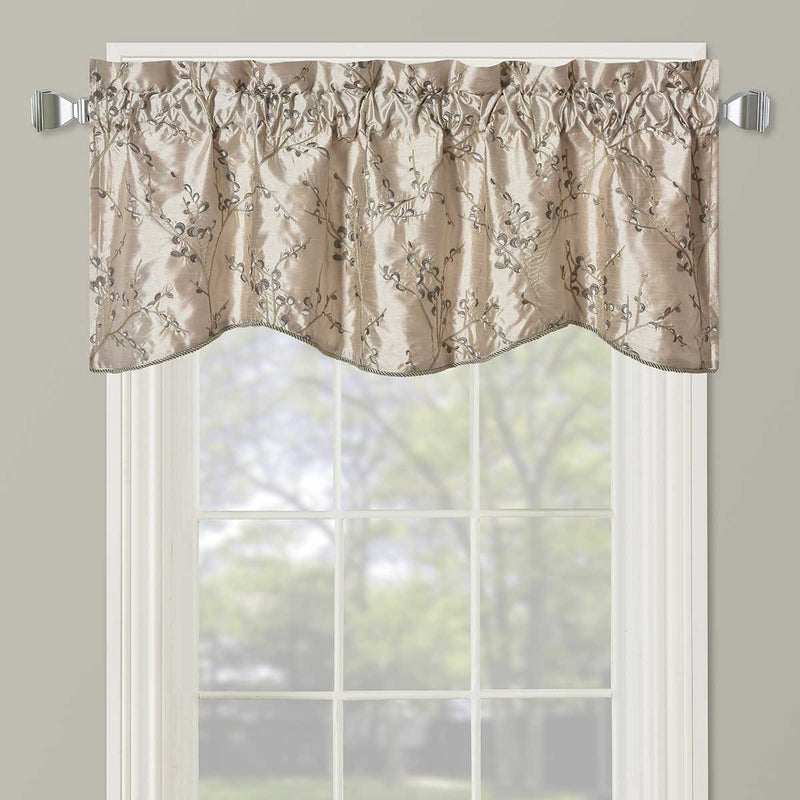 "Chloe Scalloped Decorative Rope Embroidered Lined Valance 52""Wx19""L (Single)-Wholesale Beddings"