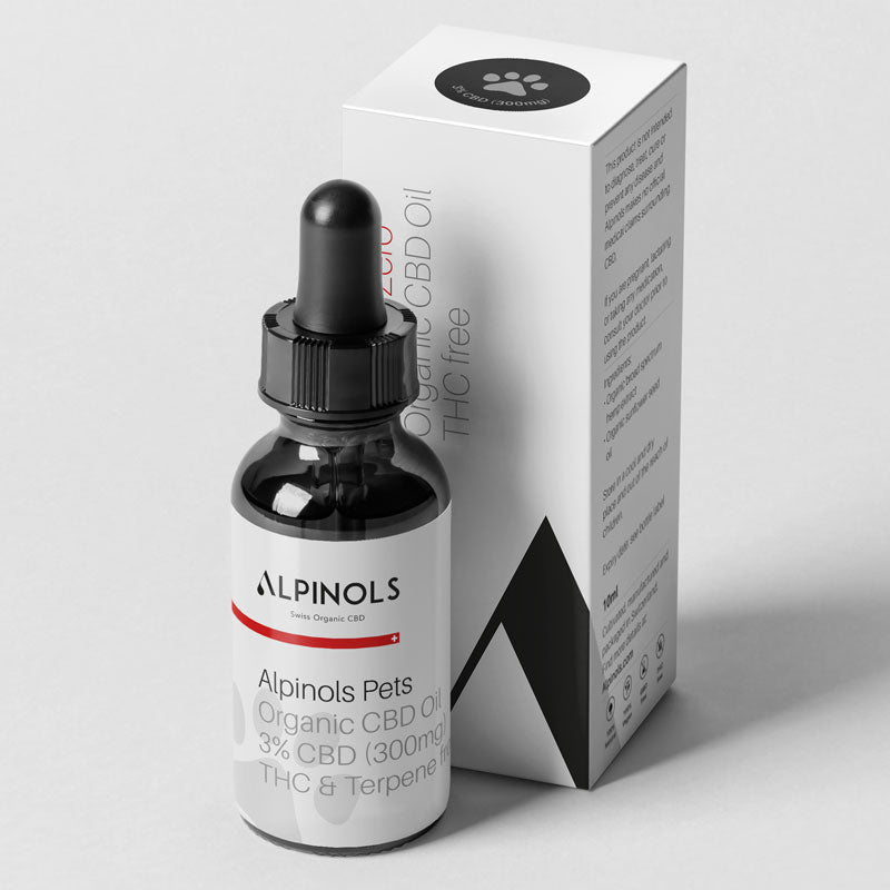 10 ml pipette bottle and accompanying packaging of 3% CBD oil for cats