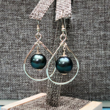 Load image into Gallery viewer, Iti Earrings
