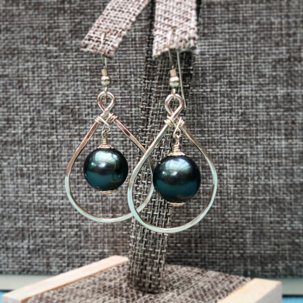 Iti Earrings