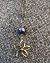 Load image into Gallery viewer, Plumeria Necklace