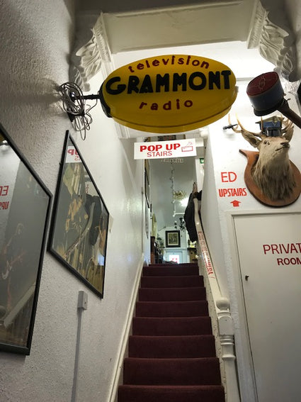 French TV and Radio sign - Room for Antiques
