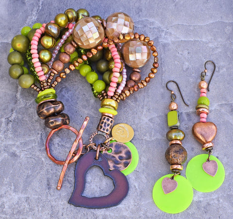 NEW! Beautiful Mixed Pink, Green, Pearl and Copper Heart Bracelet and Earrings