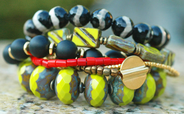 Chunky Chartreuse Glass, Black Agate, Red Coral, Onyx & Gold Bracelet