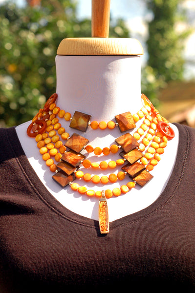 Gorgeous Amber Shell Dramatic Summer Tribal Bib Statement Necklace
