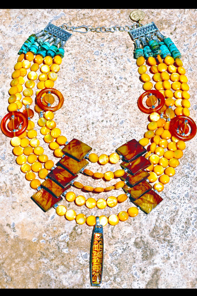 Gorgeous Amber Shell Dramatic Summer Tribal Statement Bib Necklace