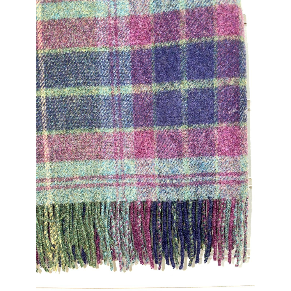 Lambswool Throw Green Pink Check