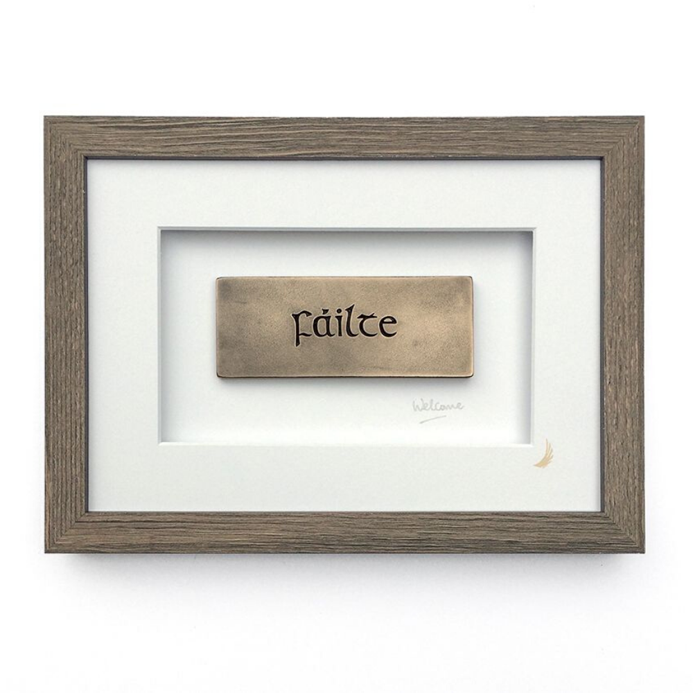 Fáilte Welcome bronze frame