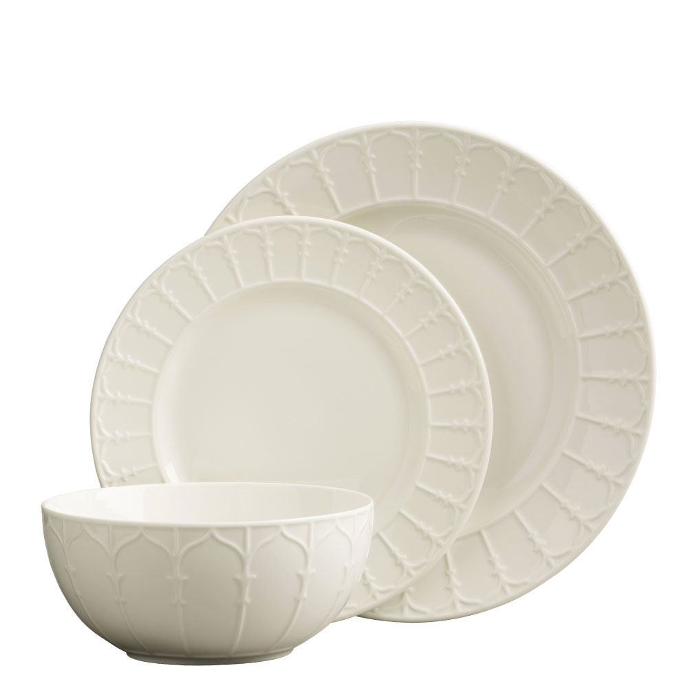 The georgian doors 12 piece belleek dinner set
