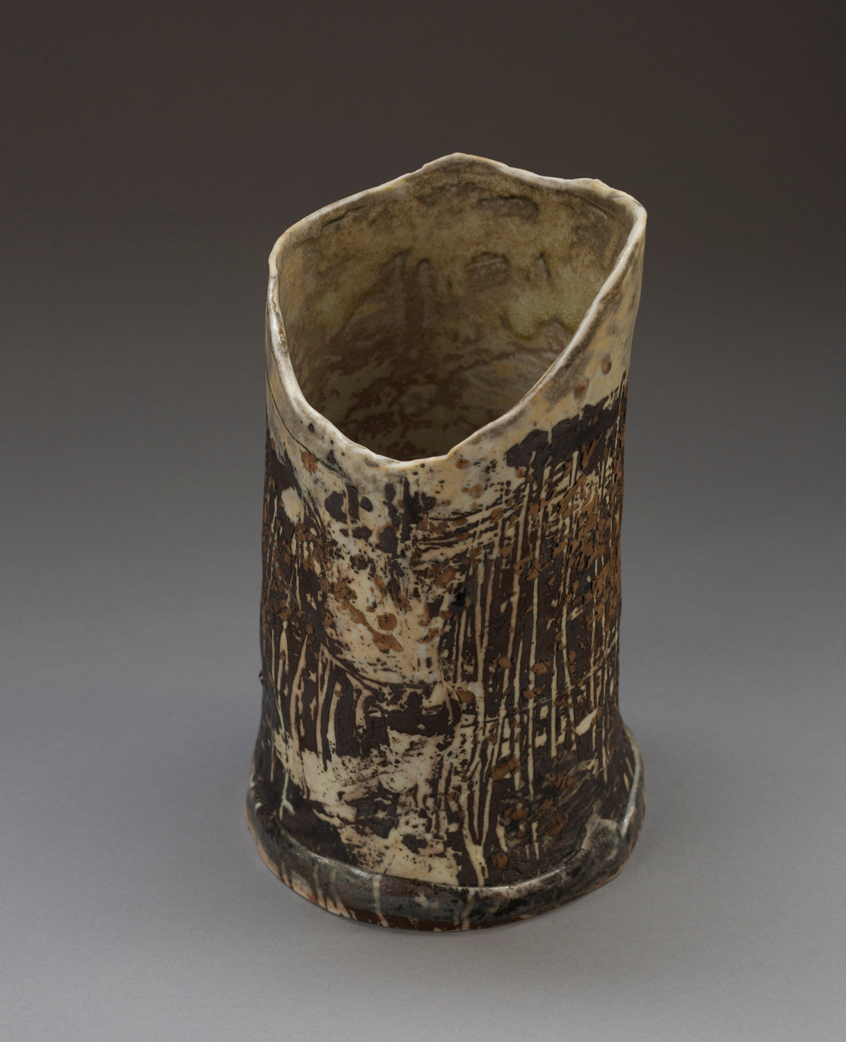 Birds in Flight, Migration Vase
