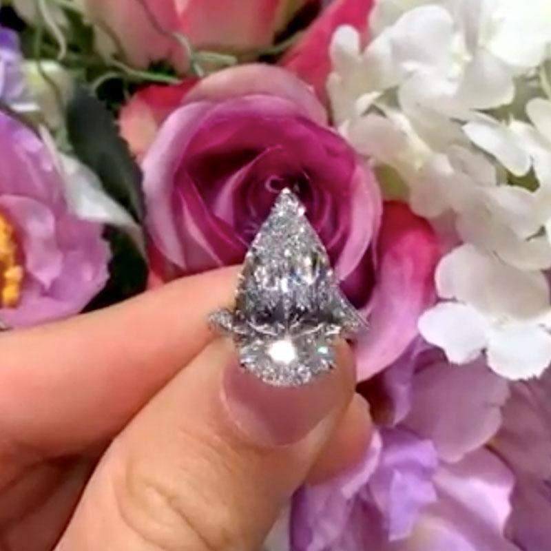 Hellojewelr Sterling Silver Luxury 5.0 Carat Pear Cut Engagement Ring