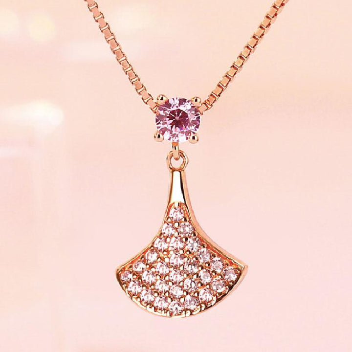 Hellojewelr Sterling Silver Fashion Sector Pendant Necklace