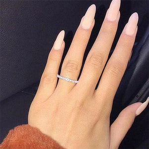 Hellojewelr Sterling Silver Classic Round Cut Women's Wedding Band