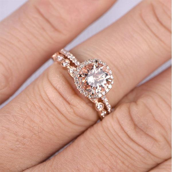 Hellojewelr Rose Gold Art Deco Halo 1.5 Carat Round Cut Champagne Sapphire Wedding Set