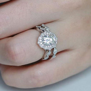Hellojewelr Vintage Art Deco Halo Milgrain 3.0 Ct Oval Cut Wedding Set