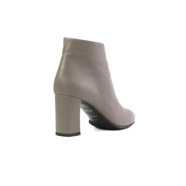 Althea brown boots made in smooth vegan leather - Althea bottines marron en cuir végan lisse - Althea stivaletti marroni in cuoio vegano liscio