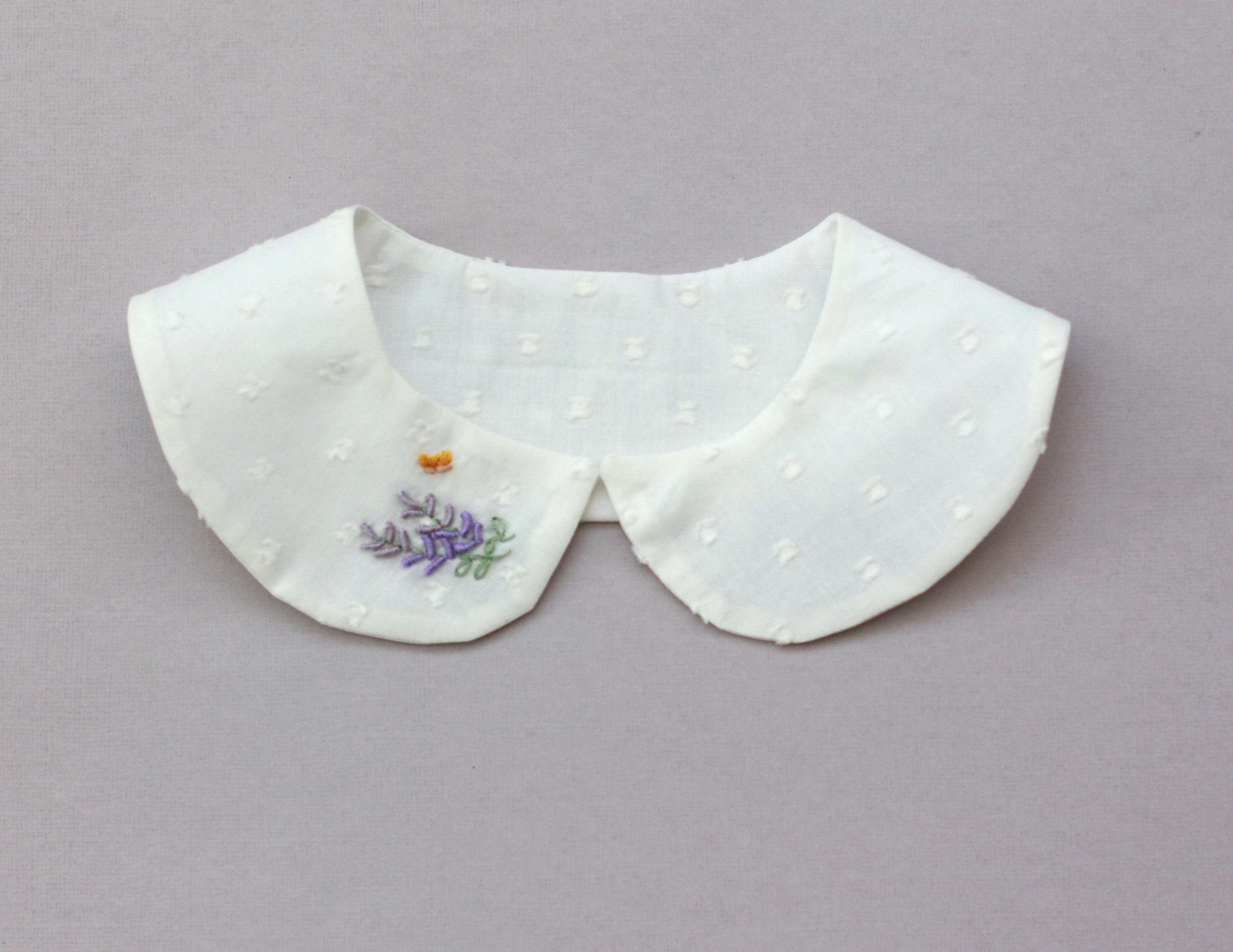 COLLAR SIZE 3-4 Years || Lavender Swiss Dot