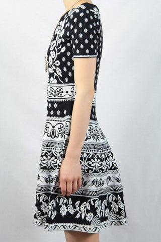 Short Sleeve Floral Pattern Knit A-Line Dress