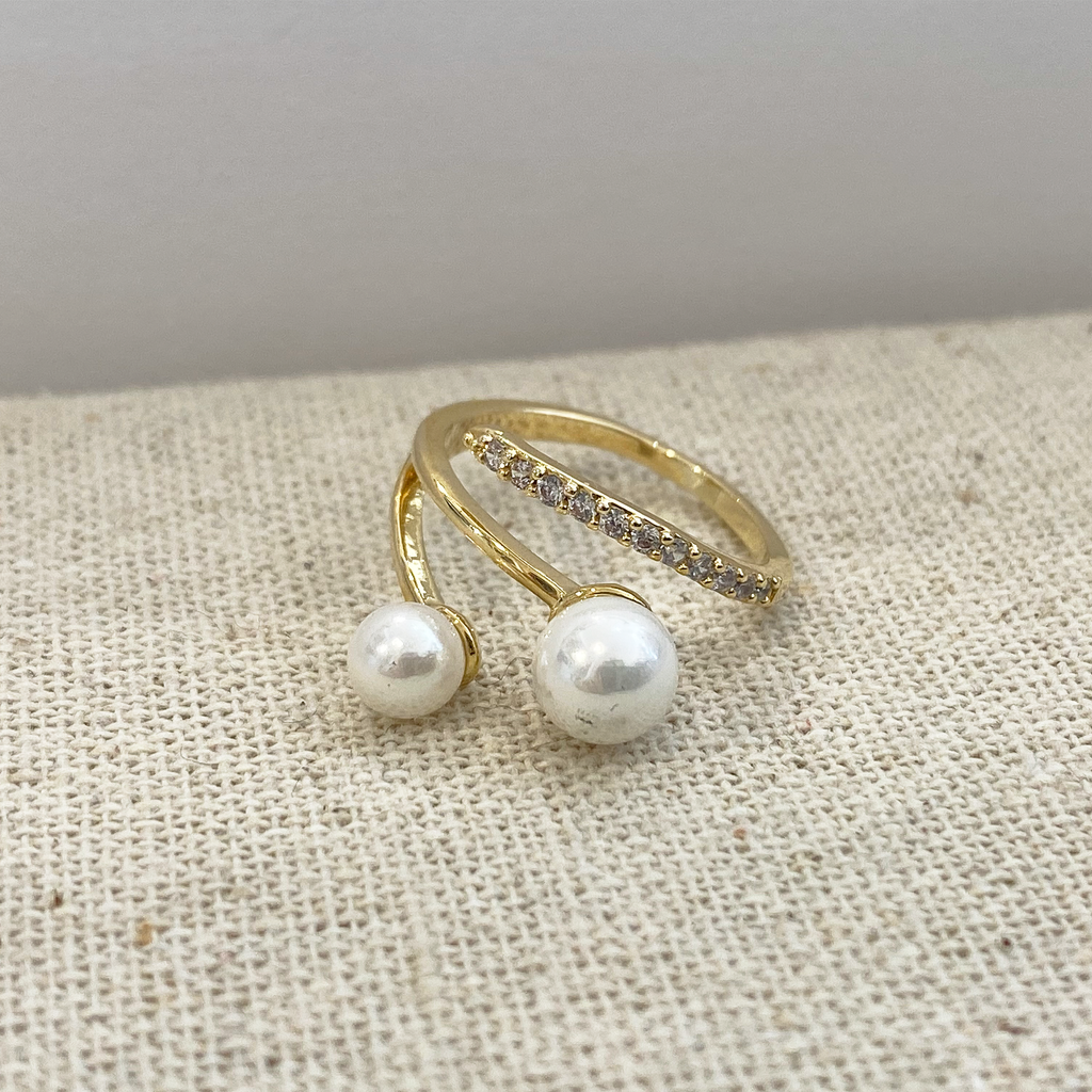 Pearls & Crystal Band Swirl Ring