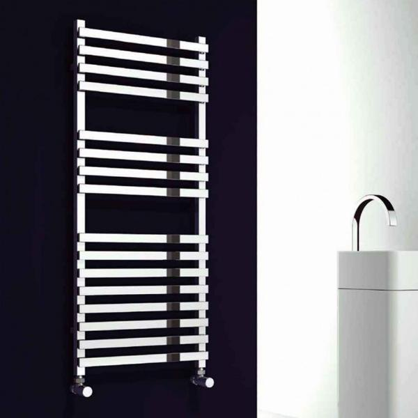 Reina Carina Vertical Designer Towel Rail - Chrome
