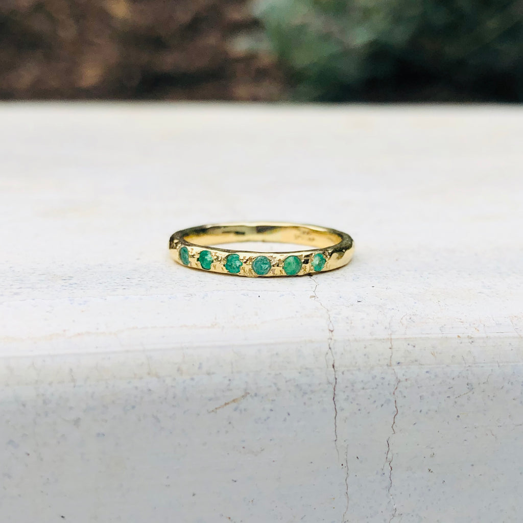 Micro Stacking Ring - Emerald - YG
