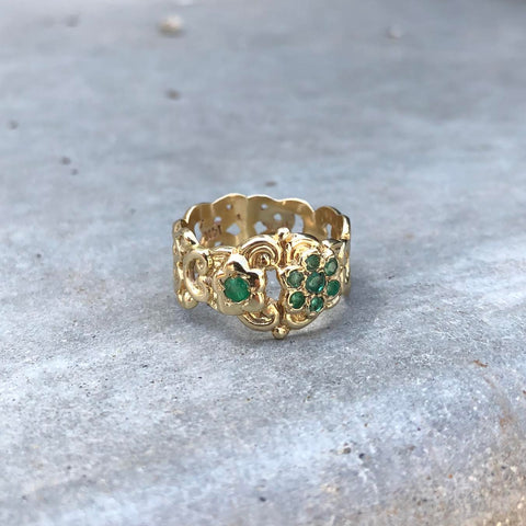 Asymmetrical Flower Ring - Emerald - YG