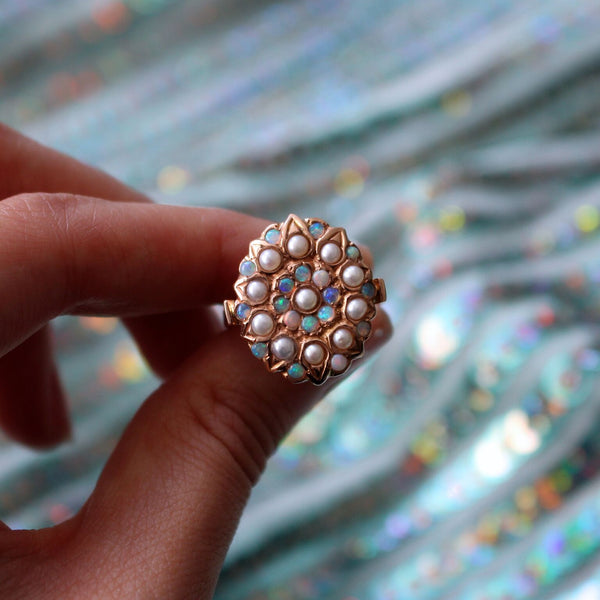 Lyla Ring - pearl with opal