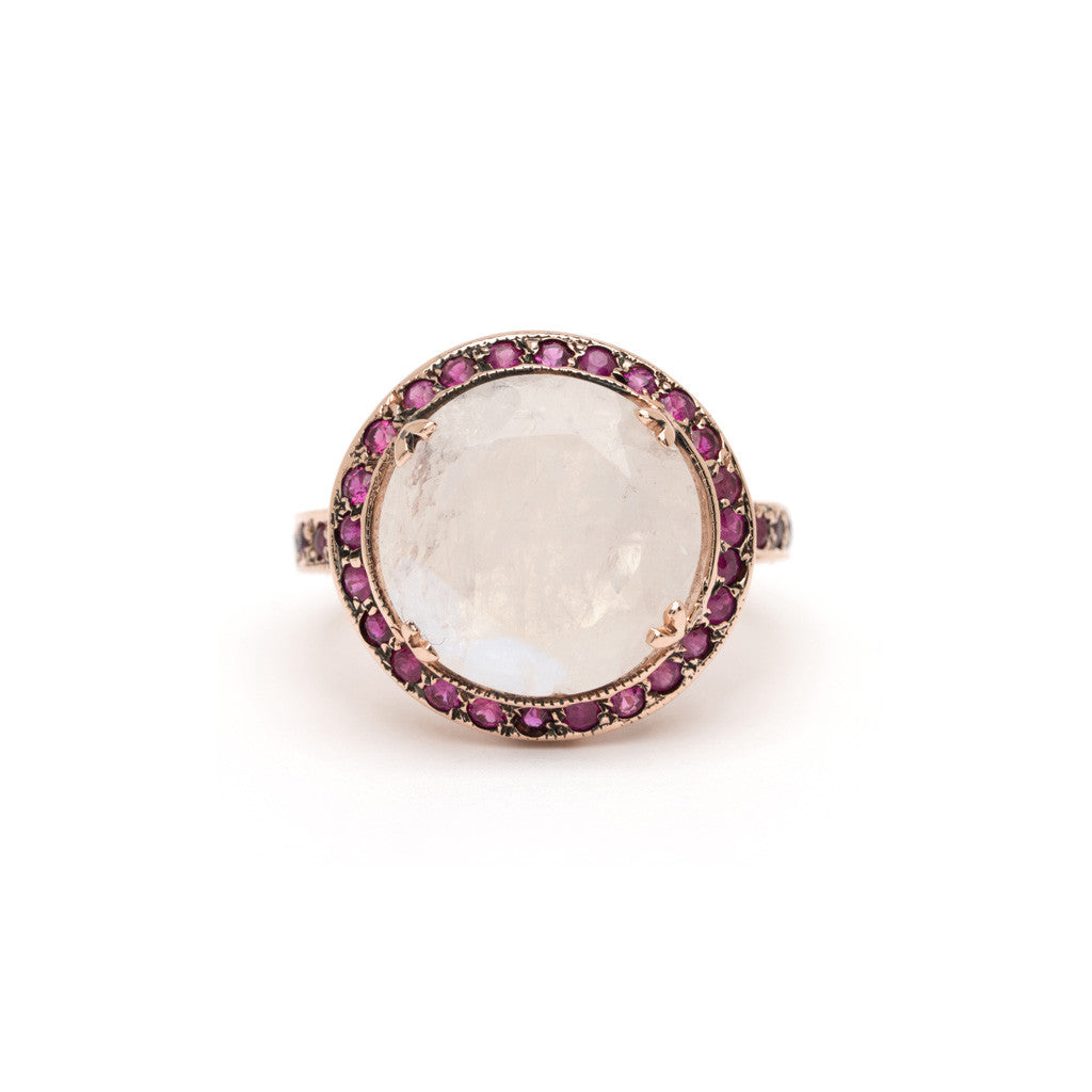 Saturn Ring - Moonstone with Ruby