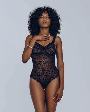 Rama Powder Lace Lingerie Set