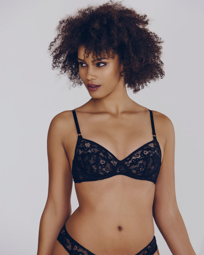 Underwired bra from Gilda & Pearl has adjustable straps, a multi-hook band, and center and vertical seaming for shape