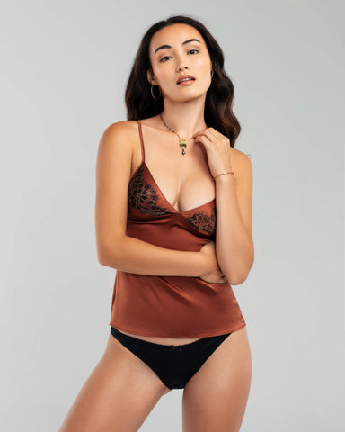 Amaranth Shaped V Lingerie Set